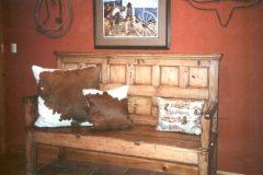 wood-bench-pillows